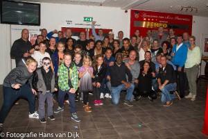 Verrassing afscheidsfeestje voor Manuela, John en Jaimy die eind deze maand op Ibiza Café de Hoeck gaan runnen