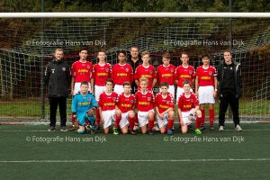 Pancratius zondag 30 oktober met O15-4 tegen RODA 23 en team foto van zondag O15-1
