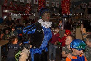 Pancratius Sinterklaas feest Mini's en Champions Leageu 2011