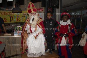 Pancratius Sinterklaas feest mini's, champions league jong onder 8 en 9 eerste groep