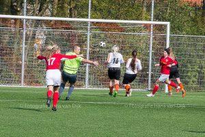 Kampioenswedstrijd Pancratius vr1 – HBC vr1 uitslag 8 - 0